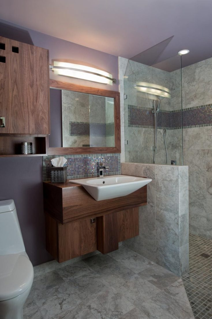 Lavender Midcentury Modern Bathroom With Gray Marble Tile and Purple Tile Accent Strip