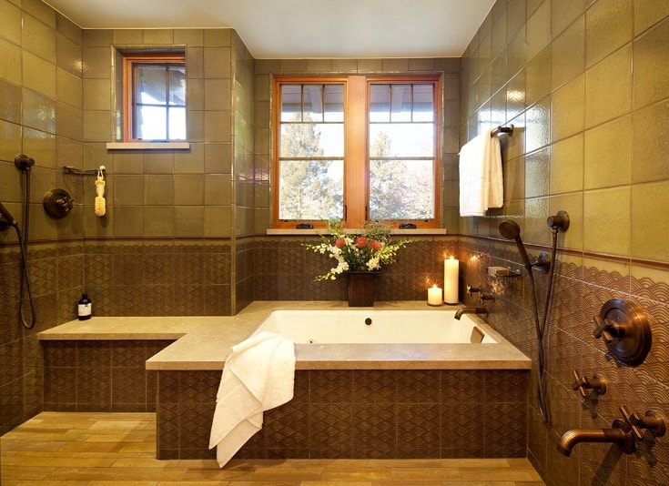 Example of an arts and crafts bathroom design in San Francisco