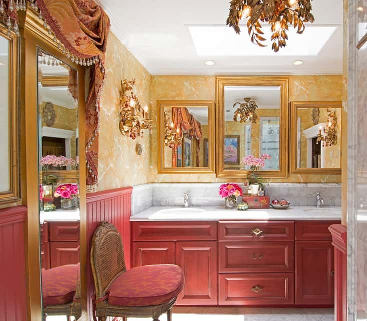 Inspiration for a victorian bathroom remodel in Los Angeles