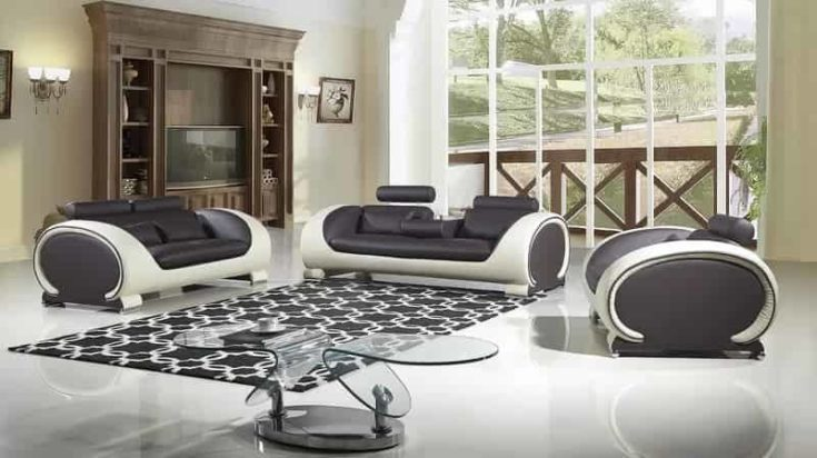 Crafted from a wooden frame, this 3 piece sofa set offers PVC foam for maximum comfort and a bonded leather finishing upholstery